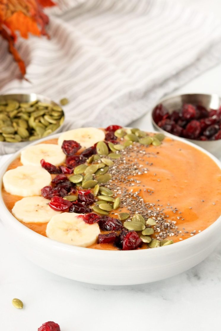 Are you looking for a pumpkin smoothie recipe that easily converts to a pumpkin pie smoothie bowl? Well, this pumpkin smoothie bowl is exactly what you need!