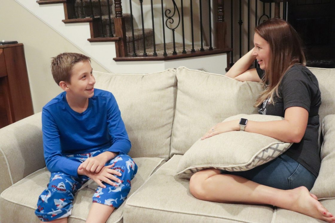 Finding a healthy balance with technology with a family doesn't have to be difficult when you use these simple tips from the Digital Wellbeing Family Guide.