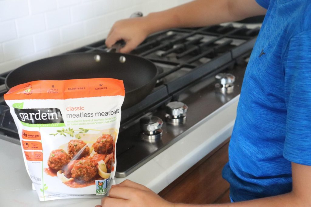 Finding food that is healthy and that your kids love is sometimes a challenge, but these healthy kid friendly food favorites are a win in our house! This post is sponsored by Babbleboxx.com. All opinions are my own. Healthy Kid Friendly Food Favorites Do you struggle to get your kids to eat healthy like I do? I try to give them the things that they love, but yet things that are still good for them! Thankfully recently we have discovered some great alternatives to some of their favorite foods that they love! So today we are sharing some Healthy Kid Friendly Food Favorites! Classic Meatless Meatball from Gardein These Gardein Classic Meatless Meatballs are a great addition to our fridge! They are certified vegan, non gmo, dairy free and kosher. These appetizing meatballs have so much protein (14g per serving) and are ready in just 8 short minutes. We love to toss them in with our favorite marinara sauce for a quick weeknight dinner. They taste great and are free of artificial colors and flavors. Preservatives, cholesterol, trans fats, OHOs and MSG. Check out Classic Meatless Meatball from Gardein here! Squeezable Organic Coconut Manna from Nutiva Are you looking for a healthier alternative to nut butters like almond or peanut butters? Well, Nutiva Squeezable Organic Coconut Manna is a super delicious coconut spread made from organic pureed coconuts. With only 1 g of sugar per protein wiht no dairy or gluten, it is the perfect addition to any sandwich for your child's lunch. I love that the packaging of the Coconut Manna in these convenient squeeze pouches for a mess free way to make lunches. Try it on oatmeal, toast, smoothies, or on sandwiches. It is available in 3 great flavors: coconut, chocolate, and almond. For a limited time (8/13/19-11/13/19) get 25% of all Organic Coconut Manna Flavors by using code SQUEEZE25! Cannot be combined with any other offer and can only be used once per customer. Check out Nutiva Squeezable Organic Coconut Manna here! Probiotic Apple 