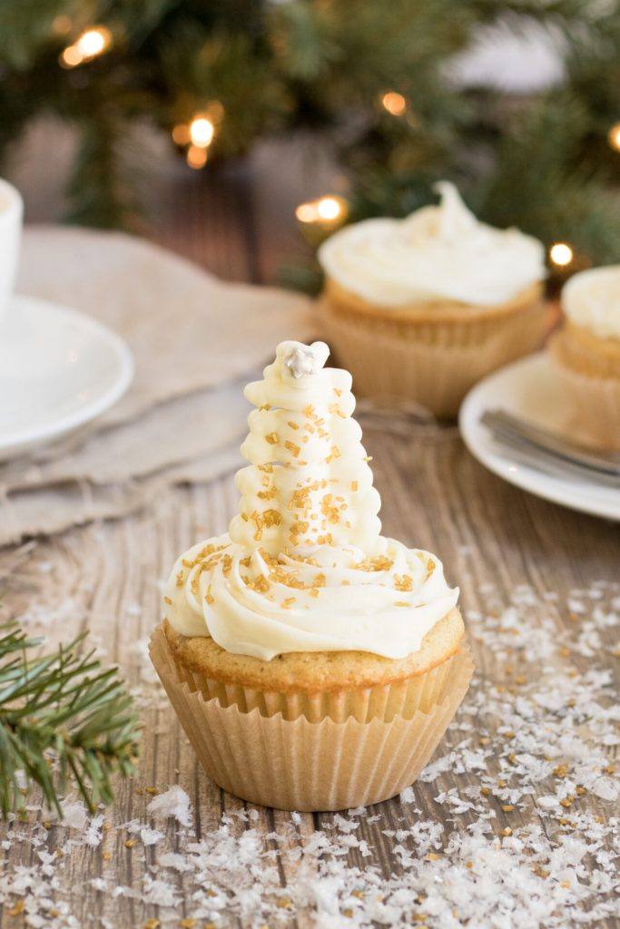 These easy Christmas Tree cupcakes are the perfect Christmas dessert that will wow your guests this year! The best thing about it? Prepped and done in under an hour.