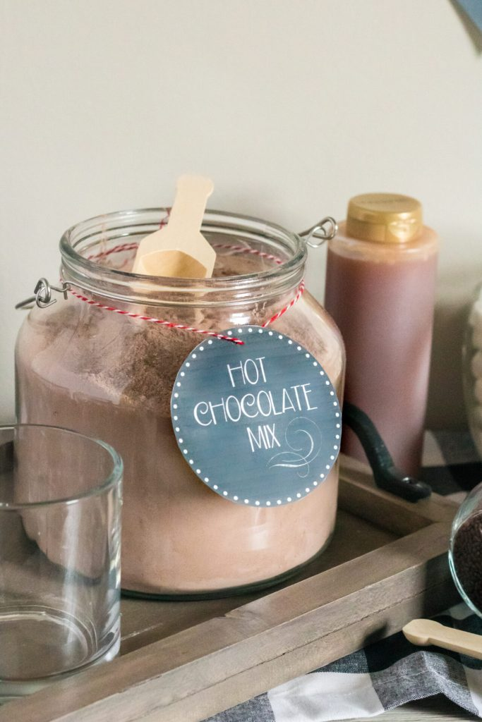 hot cocoa with in jar labeled with printable hot chocolate mix printable label