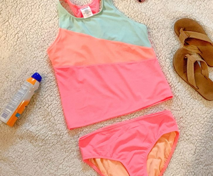 Modest swimsuits for tweens can be like trying to find a tractor in the city. They're there, but they're rare. To help you out, I've made a list of the best modest bathing suits for tweens! All of the best options will be brought straight to you.