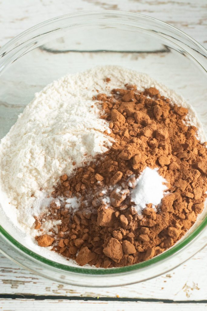 dry ingredients sitting in a glass bowl