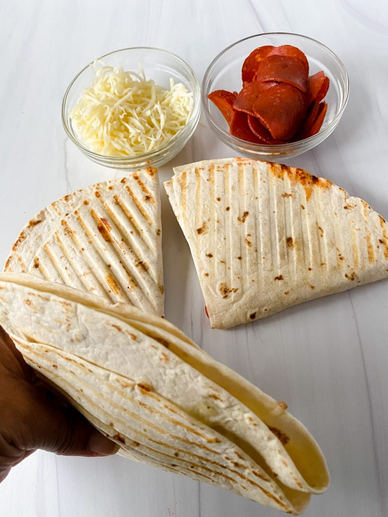 picture of pizza tortilla wrap