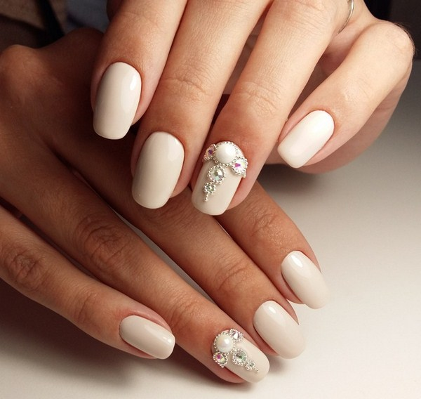 2018-2019 Bride's Wedding Manicure: Luxurious Nail Designs 28