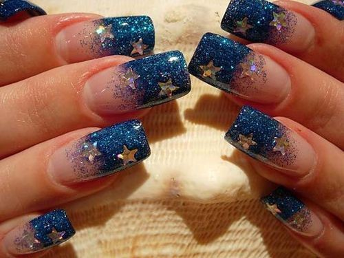 Fashionable manicure with sparkles and glitter: photos, the best ideas 30