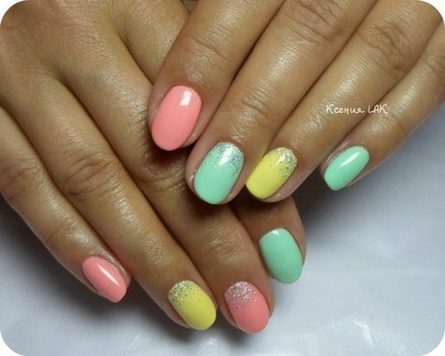 Fashionable manicure with sparkles and glitter: photos, the best ideas 15
