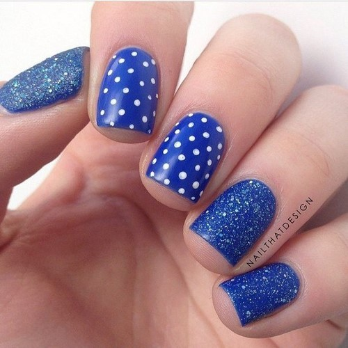 Fashionable manicure with sparkles and glitter: photos, the best ideas 14