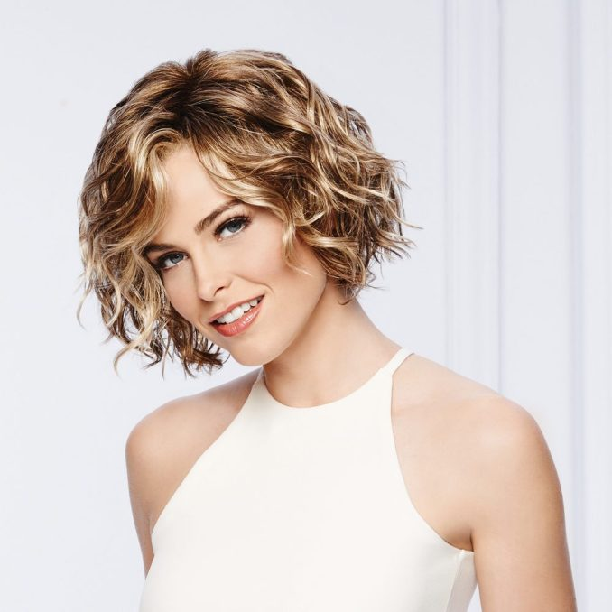 Trendy haircuts and hairstyles for short hair 2020 - 82 photos 64