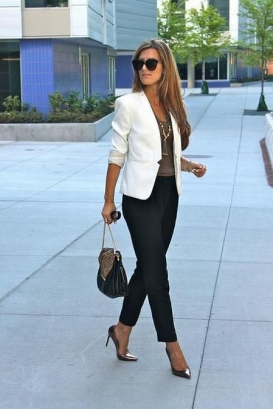 Fashionable business suits for women.  A photo.  Ideas.  Trends