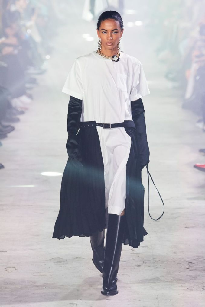 Fashionable skirt with a belt fall-winter 2020-2021 from the Sacai collection
