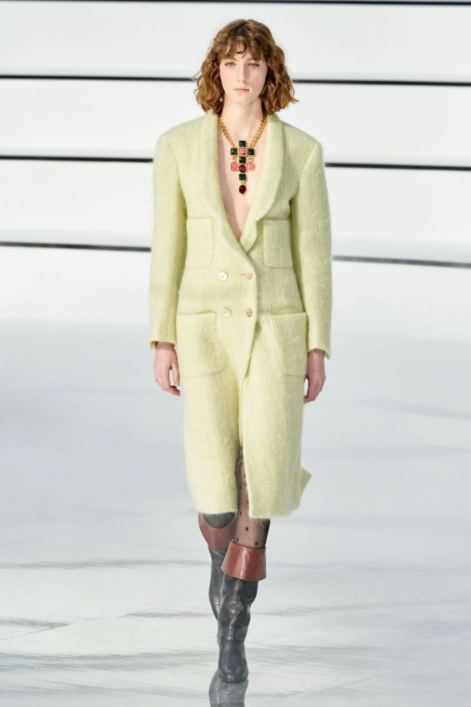 The most fashionable color - a bright yellow-green coat from the Chanel collection