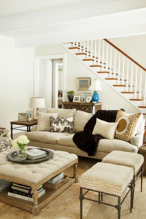 Ottomans As An Accent FIVE Decorating Ideas ConfettiStyle