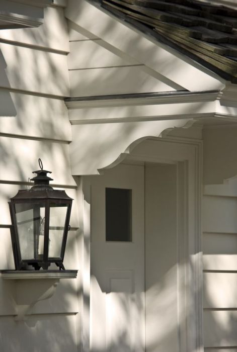 Curb Appeal Corbels As A Design Detail Confettistyle