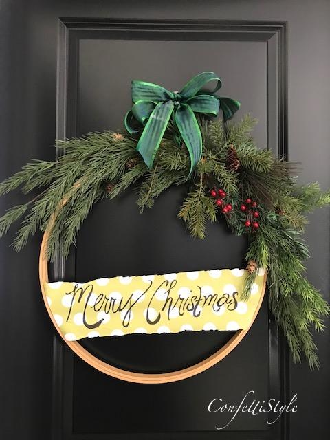 DIY Embroidery Hoop Christmas Wreath