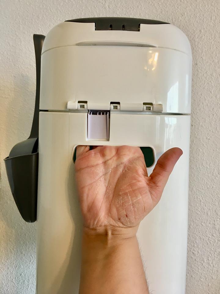mon avis complet sur la Litter Locker plus, la poubelle anti odeur hygiénique. + un concours