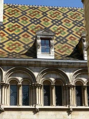 Tuile vernissée Un week-end à Dijon