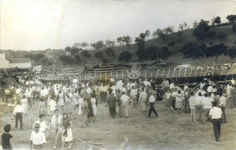 Otra panorámica del siniestro cuando ya se iba normalizando la evacuación. 17 de agosto 1961