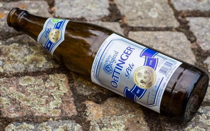 9-cervejas-alemas-que-voce-precisa-beber-oettinger-pils-47-abv