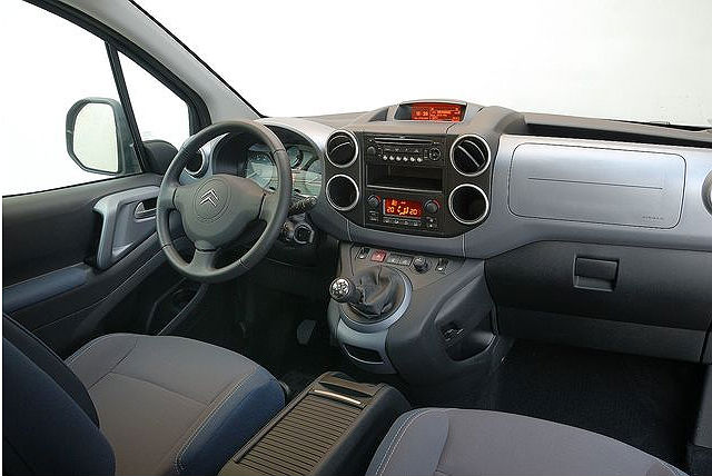 Citroen Berlingo interni