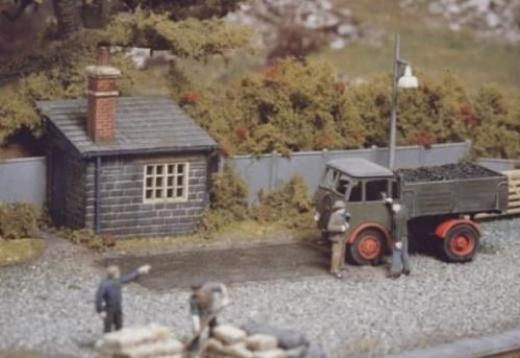 ratio-524-weighbridge-hut-plastic-kit-oo-gauge-15001647-0-1398868691000