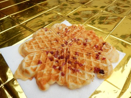 bacon-waffle
