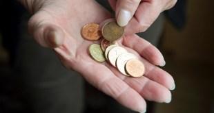 Nếu bạn có thu nhập hưu trí thấp thì bạn sẽ được nhà nước hỗ trợ thêm .
