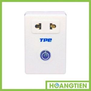Ổ cắm điều khiển từ xa TPE TF2A hỗ trợ học lệnh remote RF xuyên tường 315Mhz, tiện dụng điều khiển thiết bị ở khoảng cách xa: – Học lệnh remote RF 315Mhz – Công suất : 2000w – Điều khiển từ xa on/off cho 1 thiết bị – Có chức năng hẹn giờ tắt từ 1 giây đến 24 giờ với một nút nhấn riêng ,thuận tiện cho cài đặt và xóa thời gian được dễ dàng