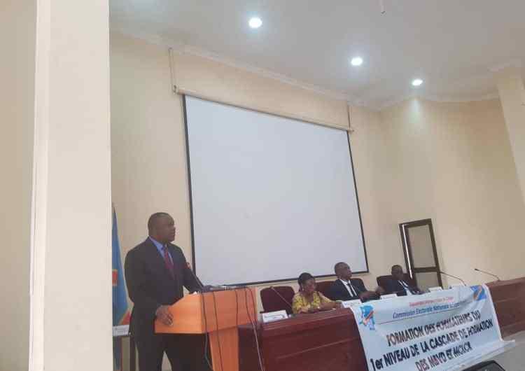 CENI: les membres des Bureaux de vote et des Centres de compilation des Résultats en formation
