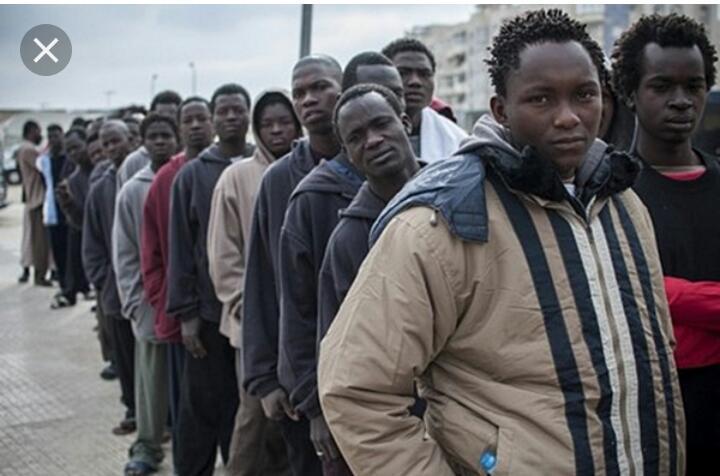 Avec la migration, le monde va-t-il enfin s'unir ou éclater davantage ?(Une tribune de Nsondey Monsengo, SJ)
