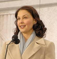 RDC: grossesses précoces et avortements au coeur d'un échange entre l'actrice Ashley Judd et des jeunes kinois