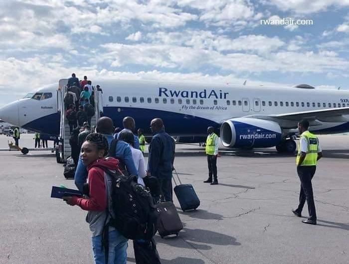 Coopération Rwanda – RDC: le vol RwandAir déjà au tarmac de Ndjili.