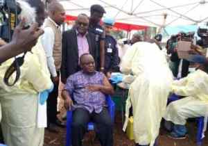 Butembo : Mbusa Nyamwisi se fait vacciner contre Ebola ce samedi 29 juin