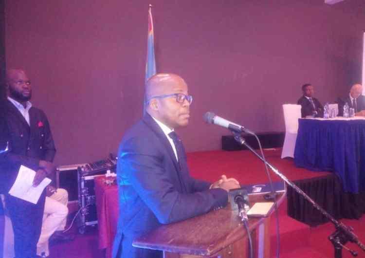 RDC : la crise s'est installée dans le secteur de microfinance, le FPM tire la sonnette d'alarme