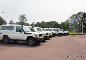 RDC : 26 véhicules utilitaires offerts aux gouverneurs des provinces