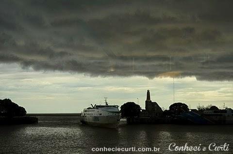A tempestade chegando no Rio da Prata