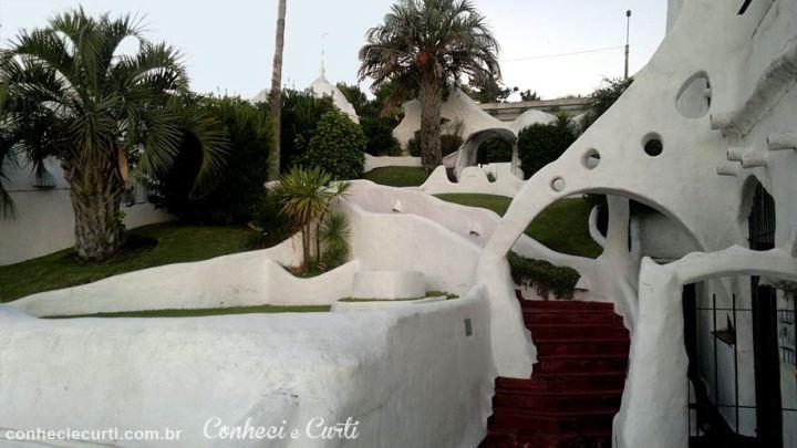 Não houve uma planta, a Casapublo foi sendo construída ao sabor do gosto do artista.