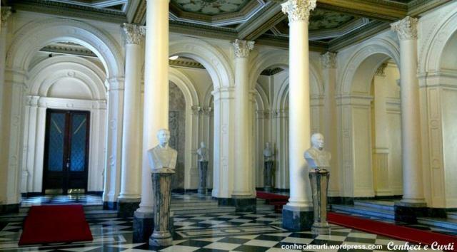 Hall de Honor conhecido como Galeria dos Bustos