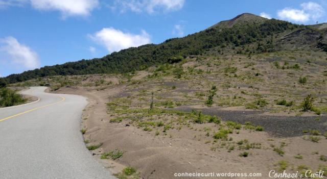 Chile Vulcão Osorno - foto da estrada de acesso