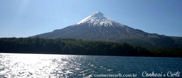 Lago Todos Los Santos e o vulcão Osorno - Chile.
