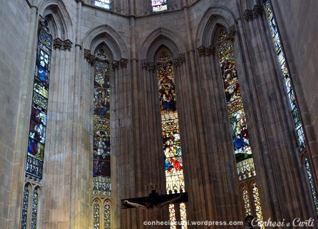 Os vitrais da Igreja do Mosteiro da Batalha são provavelmente dos mais antigos de Portugal..