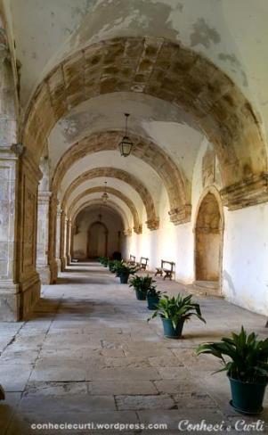 mosteiro-santa-clara-a-nova-claustro