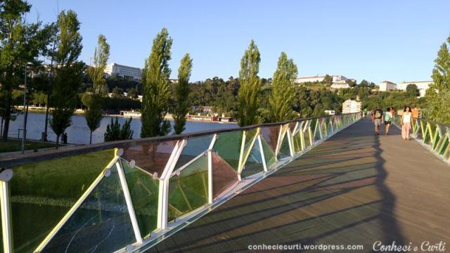 Ponte Pedro e Inês em Coimbra, Portugal.