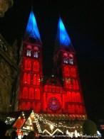 Dom de Bremen iluminada no Natal