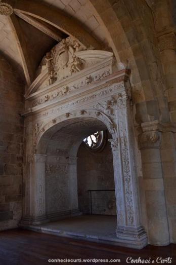 Local onde ficava a urna com o corpo da Rainha Santa Isabel no Mosteiro de Santa Clara-a-Velha, Coimbra. Foto: Mary