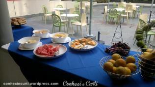 Frutas do Café da Manha no Hotel Regency Way, Montevidéu Uruguai.
