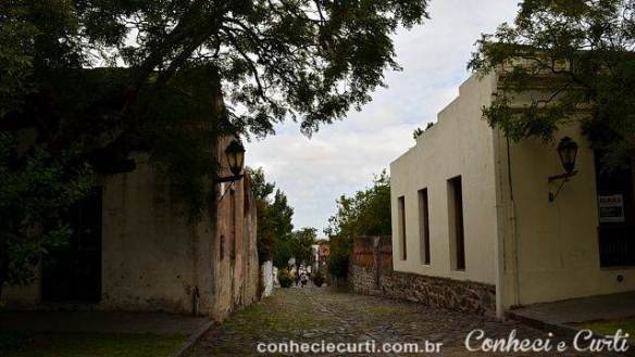 Uma rua do bairro histórico.