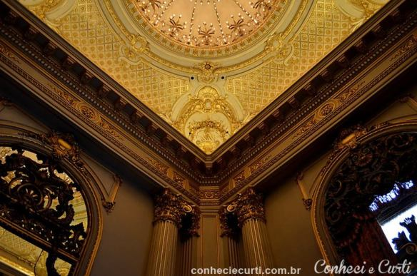 Detalhes do Salão Dourado, Teatro Colón em Buenos Aires
