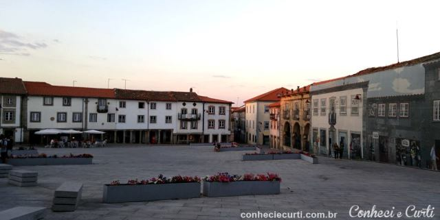 Largo em frente à Sé de Guarda - Portugal.