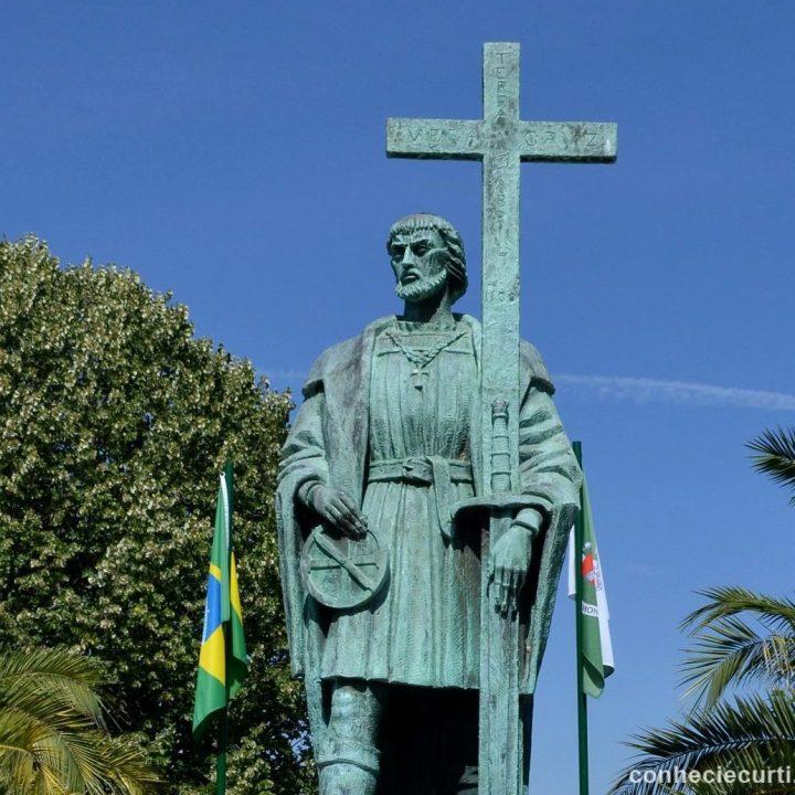 Estátua de Pedro Álvares Cabral, na aldeia de Belmonte, Portugal.